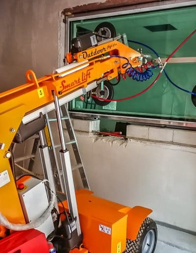 Verglasungsarbeiten mit einem Glaslifter bis 600 kg